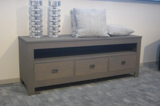 Avignon TV dressoir eiken