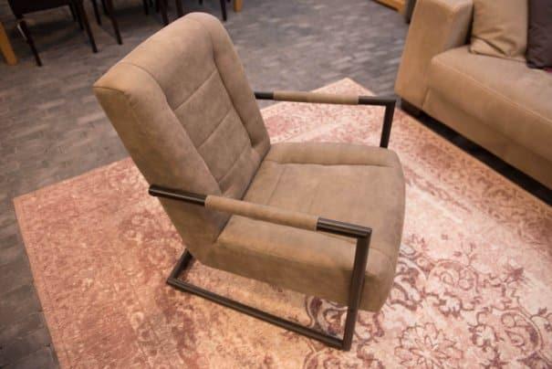 Model 300 fauteuil (2)